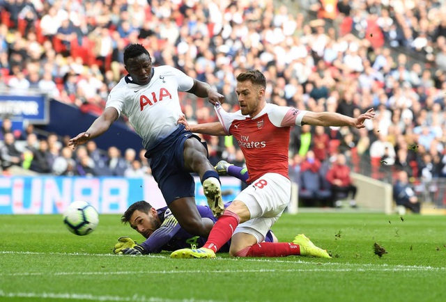 Nhìn lại trận hòa ghìm chân cả Tottenham lẫn Arsenal - 5