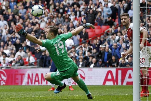Nhìn lại trận hòa ghìm chân cả Tottenham lẫn Arsenal - 9