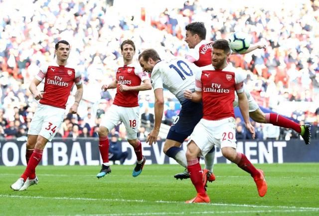 Nhìn lại trận hòa ghìm chân cả Tottenham lẫn Arsenal - 13