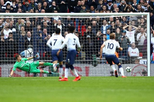Nhìn lại trận hòa ghìm chân cả Tottenham lẫn Arsenal - 15