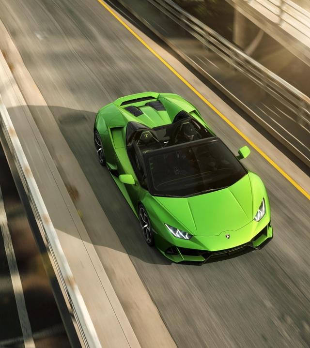 Lamborghini Huracan Evo Spyder - Hoàn hảo đến từng chi tiết - 2