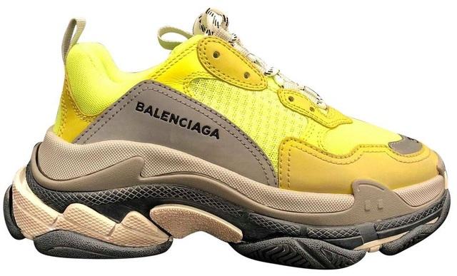 Giày hàng hiệu hơn 20 triệu đồng được nhái bằng vỏ chuối gây sốt - 1