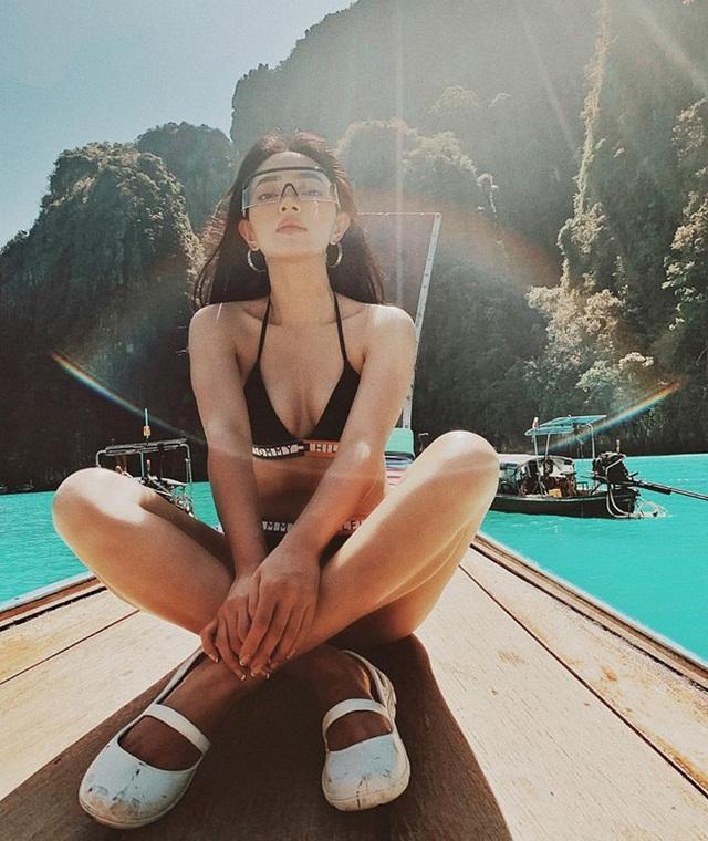 Hot girl Việt rủ nhau tung loạt ảnh bikini nóng bỏng - 11