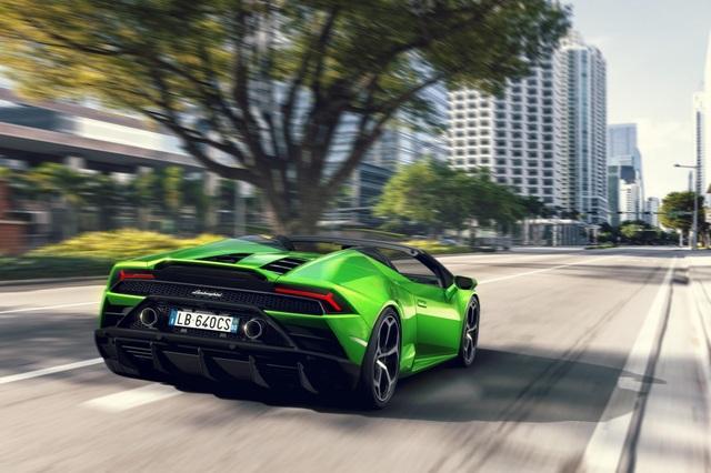 Lamborghini Huracan Evo Spyder - Hoàn hảo đến từng chi tiết - 10
