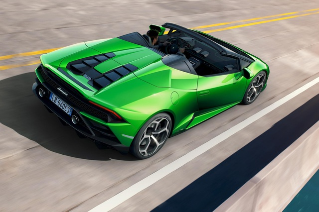 Lamborghini Huracan Evo Spyder - Hoàn hảo đến từng chi tiết - 11