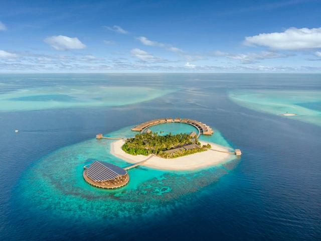 Khách sạn đẹp nhất thế giới vận hành bằng năng lượng mặt trời - 1