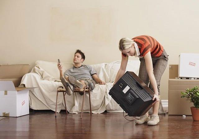 Khốn khổ khi lấy anh chồng lười làm việc nhà - 2