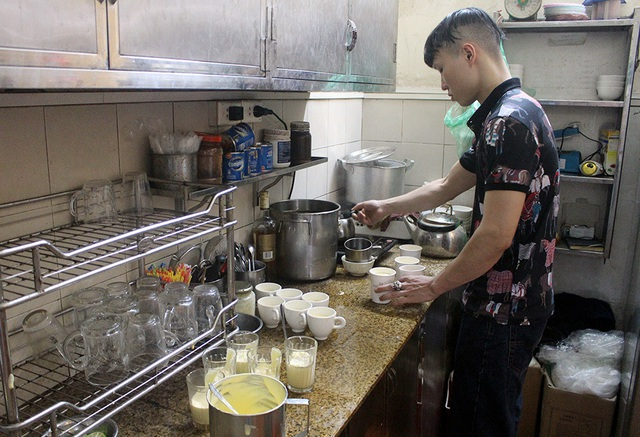 Thượng đỉnh Mỹ - Triều: Chủ hàng phở ngày ngủ 2 tiếng, thái thịt xuyên đêm - 4