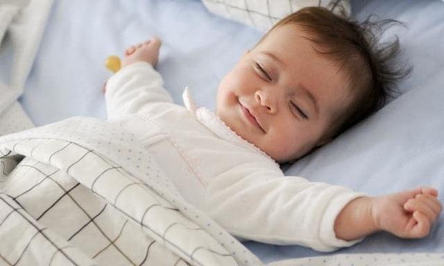 3 giải pháp giúp bố mẹ thoát khỏi ám ảnh trẻ khó ngủ, hay quấy khóc - 2