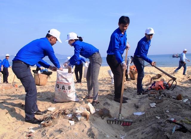 Thanh niên Bình Định hành động vì sự sống của biển - 3