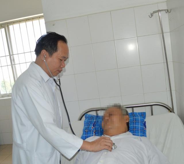 Cứu sống bệnh nhân bị hoại tử ruột, suy tim, suy thận, rối loạn đông máu - 1