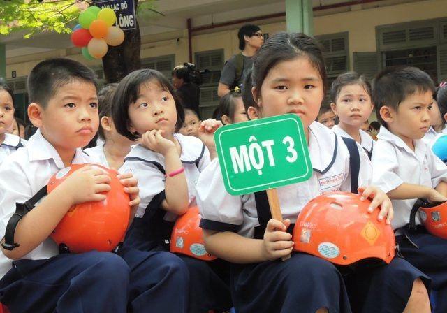 """TPHCM: Cấm trường học """"quyên góp"""" khi tuyển sinh - 1"""