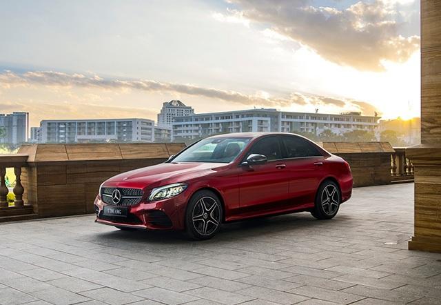 Mercedes-Benz C300 AMG phiên bản 2019 tại Việt Nam