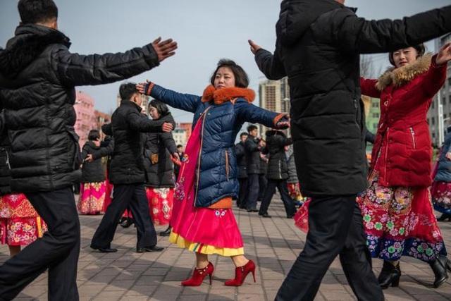 Những hình ảnh hiếm hoi về các hoạt động vui chơi giải trí của người Triều Tiên - 8