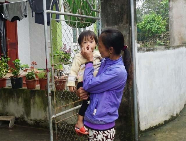 Nghệ An: Người dân ngộp thở, sông bị bức tử bởi xưởng sản xuất hạt nhựa tái chế - 4
