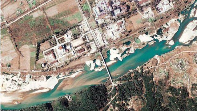 Báo Hàn Quốc hé lộ cơ sở hạt nhân bí mật khiến Mỹ - Triều không đạt thỏa thuận - 2