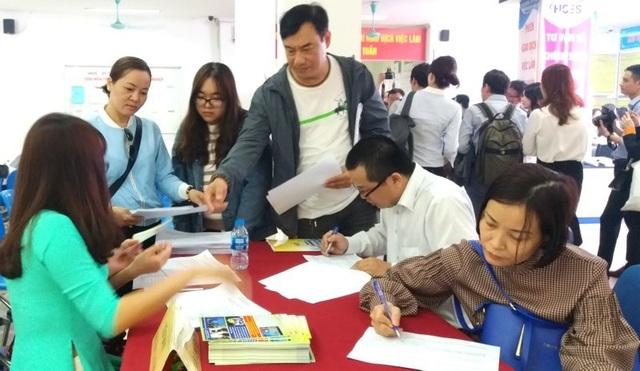 Hà Nội: Hơn 30 % chỉ tiêu tuyển dụng có lương trên 10 triệu đồng - 1