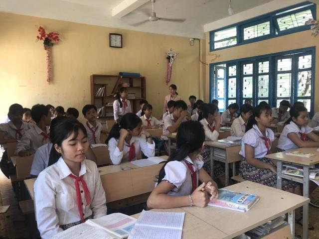 Quảng Ngãi: Ngôi trường miền núi lắp camera để quản lý, bảo vệ học sinh - 2