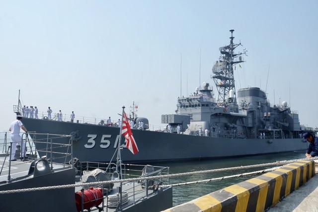 Tàu huấn luyện của lực lượng tự vệ trên biển Nhật Bản thăm Đà Nẵng - 5