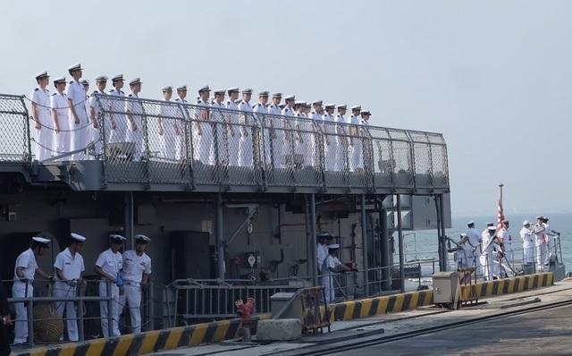 Tàu huấn luyện của lực lượng tự vệ trên biển Nhật Bản thăm Đà Nẵng - 8