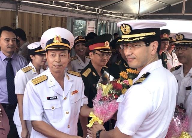 Tàu huấn luyện của lực lượng tự vệ trên biển Nhật Bản thăm Đà Nẵng - 1