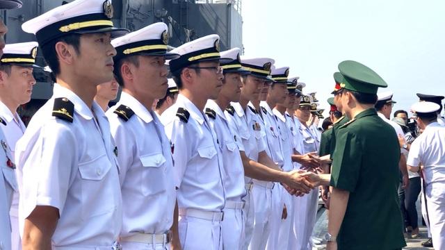 Tàu huấn luyện của lực lượng tự vệ trên biển Nhật Bản thăm Đà Nẵng - 4