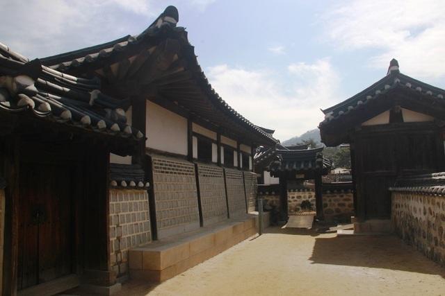 Vẻ đẹp bí ẩn của làng cổ Hanok Namsan Hàn Quốc - 16