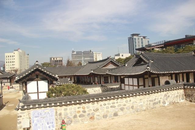 Vẻ đẹp bí ẩn của làng cổ Hanok Namsan Hàn Quốc - 17