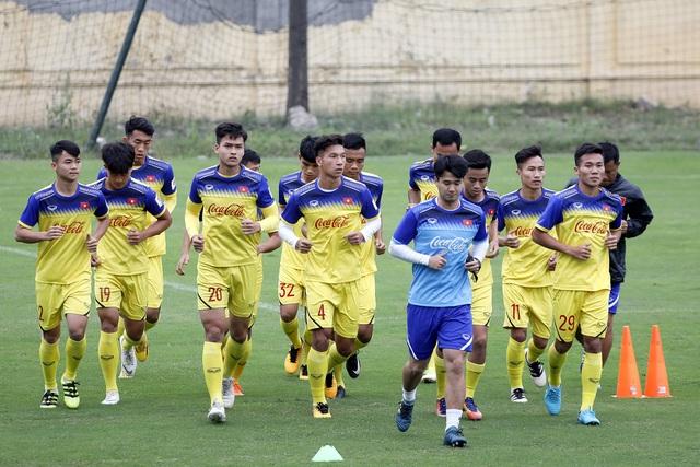 U23 Việt Nam thiếu quân, đội trợ lý Hàn Quốc ra mắt thầy Park