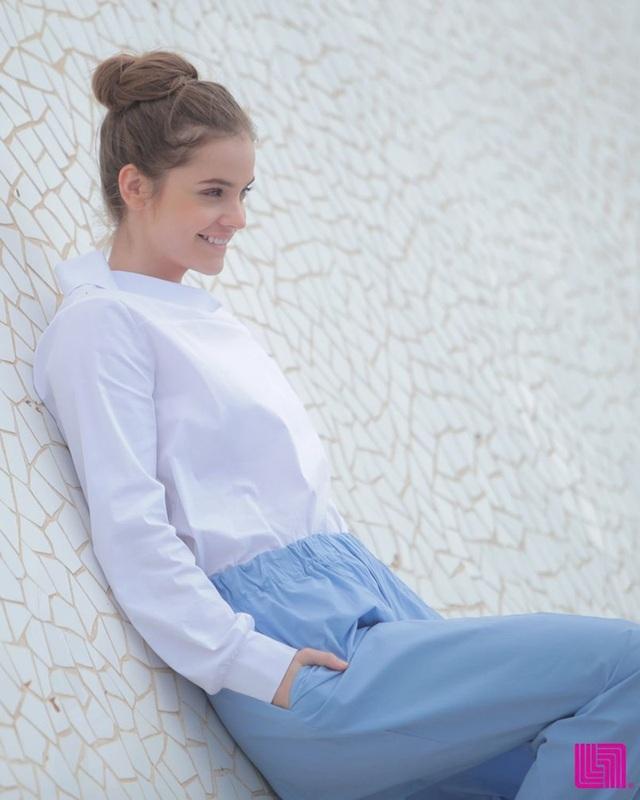 Barbara Palvin đẹp ngọt ngào trong bộ ảnh mới - 11