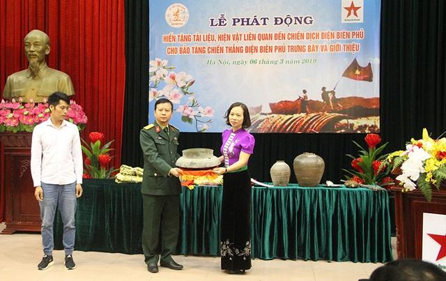 phat-dong-hien-tang-tai-lieu-hien-vat-lien-quan-den-chien-dich-dien-bien-phu-hinh-anh11207742634.jpg