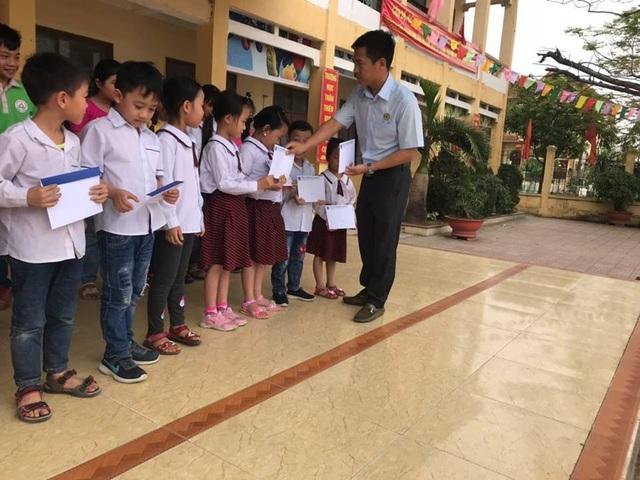 50 suất học bổng Grobest Việt Nam đến với học sinh nghèo Hải Phòng - 3
