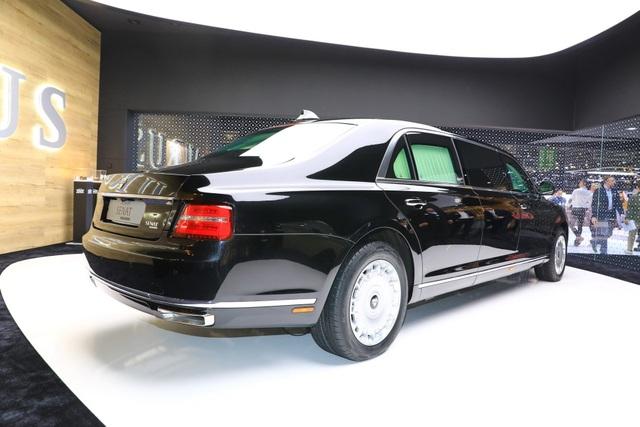 Diện kiến phiên bản thương mại của xe tổng thống Nga   - 2