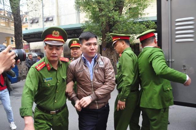 Châu Việt Cường đối diện mức án cao nhất đến 15 năm tù - 1
