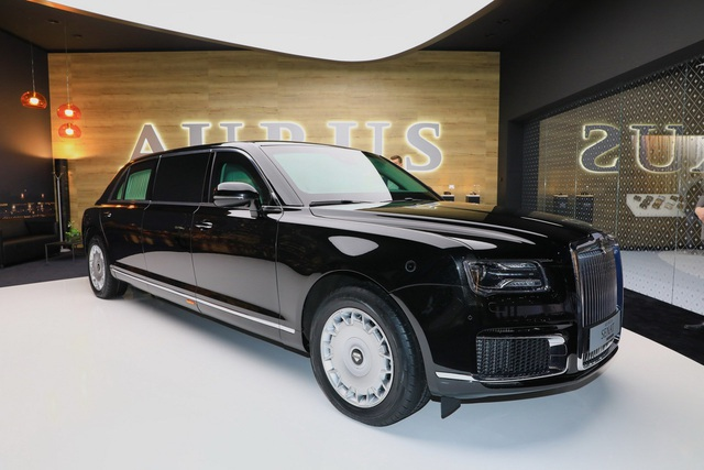 Diện kiến phiên bản thương mại của xe tổng thống Nga   - 1