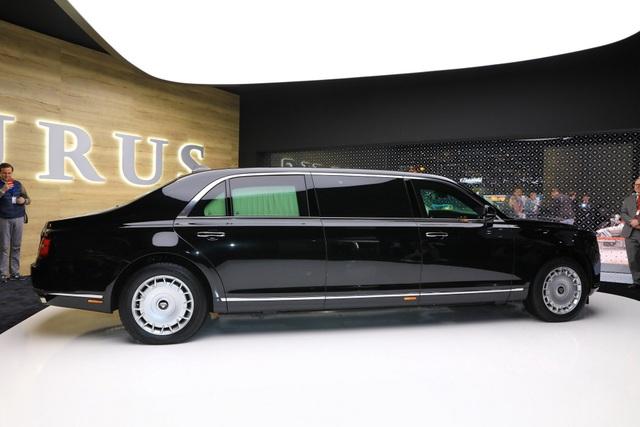 Diện kiến phiên bản thương mại của xe tổng thống Nga   - 3