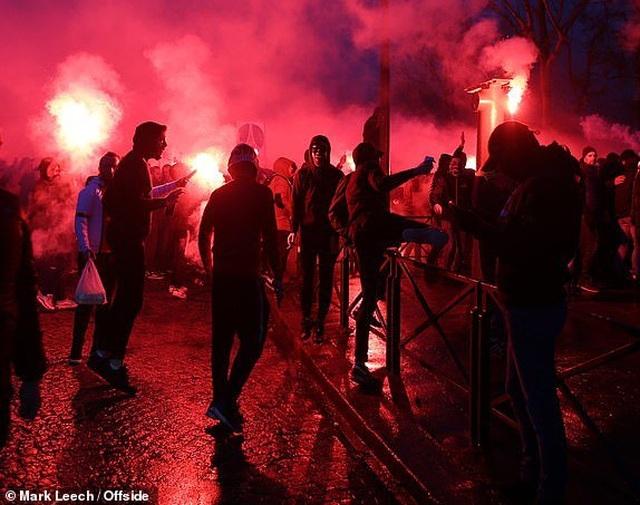 PSG 1-3 Man Utd: Chiến thắng đi vào lịch sử - 14
