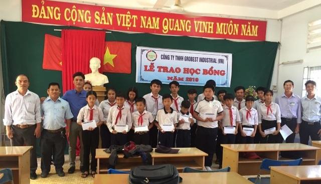40 suất học bổng Grobest Việt Nam đến với học sinh nghèo tỉnh Bình Thuận - 1