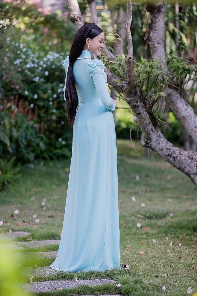 Nữ hoàng Trần Huyền Nhung với tình yêu lớn dành cho áo dài truyền thống Việt Nam. - 3