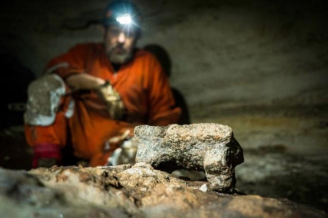Phát hiện hang động bí ẩn của người Maya - 1