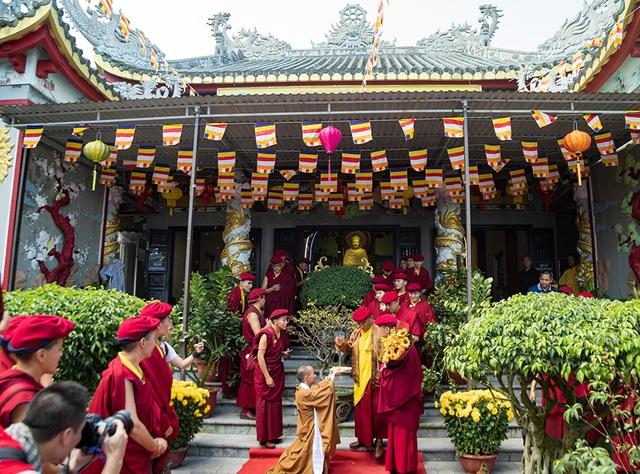 Pháp Vương Gyalwang Drukpa thăm cầu Vàng tại Bà Nà Hills - 1