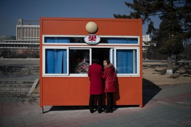 Điều ít biết về không khí ngày Quốc tế phụ nữ ở Triều Tiên - 1