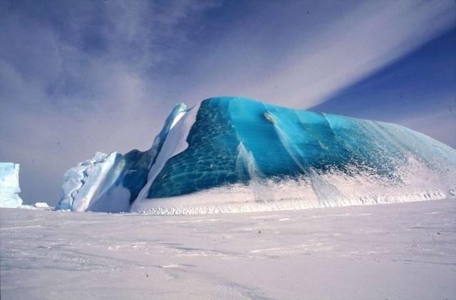 Bí ẩn về những tảng băng màu ngọc lục bảo quý hiếm ở Nam Cực - 2