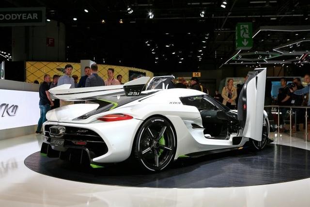 Cận cảnh siêu xe 3 triệu USD mới ra mắt của Koenigsegg - 2