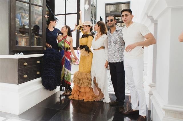 Đám cưới tỷ phú Ấn độ ở Phú Quốc: Kéo dài nhiều ngày, thuê 2 máy bay chở 700 khách mời - 1