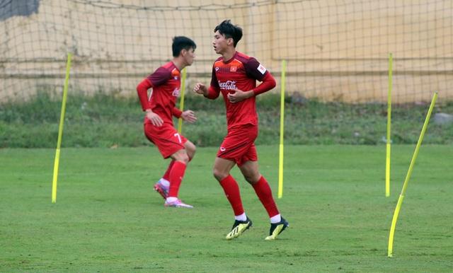 Quang Hải, Văn Hậu tạm chia tay U23 Việt Nam để đá AFC Cup