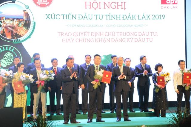 Đắk Lắk trao quyết định đầu tư cho 27 doanh nghiệp với số tiền 71.900 tỷ đồng - 3