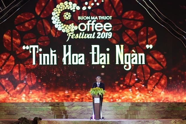 Khai mạc lễ hội cà phê Buôn Ma Thuột ấn tượng, đầy sắc màu - 1
