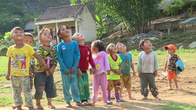 Cách nào giúp trẻ Việt hay ăn, chóng lớn, không suy dinh dưỡng, thấp còi? - 1