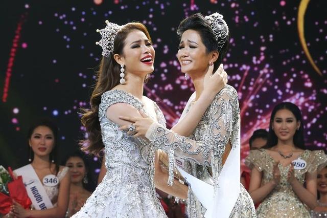 Điểm danh những mỹ nhân quyền lực nhất của showbiz Việt - 15